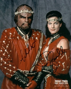 ds9_dorn_farrell_wed