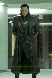tom-hiddleston-the-avengers-loki1