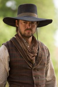 Karl Urban as Woodrow Call